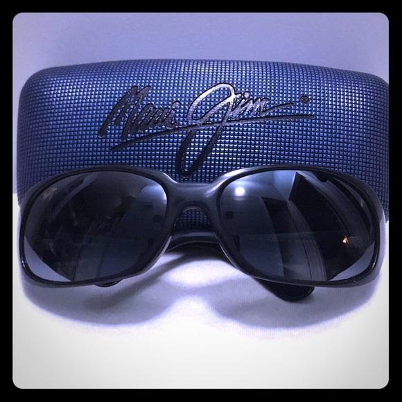 b6958d2d0858 Maui Jim Accessories   Navigator 11002 Gloss Black Sunglasses   Poshmark